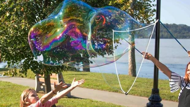 Richmond and Twickenham Times: What's not to love about bubbles? Credit: Etsy / BubblePalooza