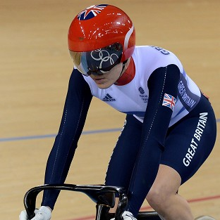 Victoria Pendleton advanced to the semi-finals of the women's sprint in London