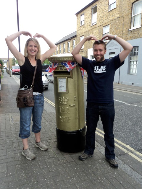 Post box goes gold for hero Mo