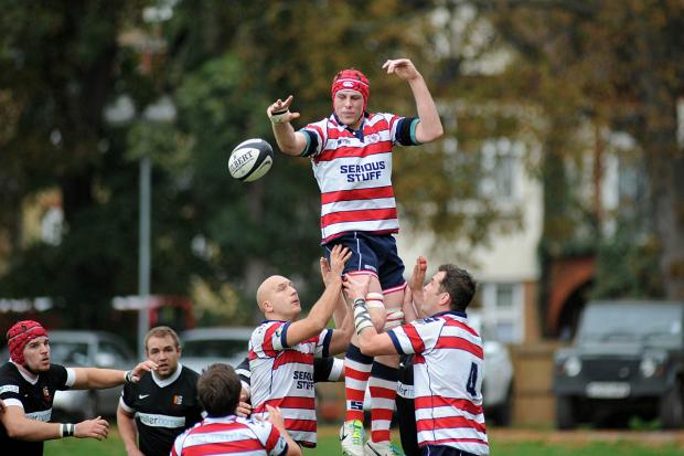 Richmond and Twickenham Times: Fine day: Rosslyn Park lock Richard Boyle enjoyed a fine day on the south coast                SP79024