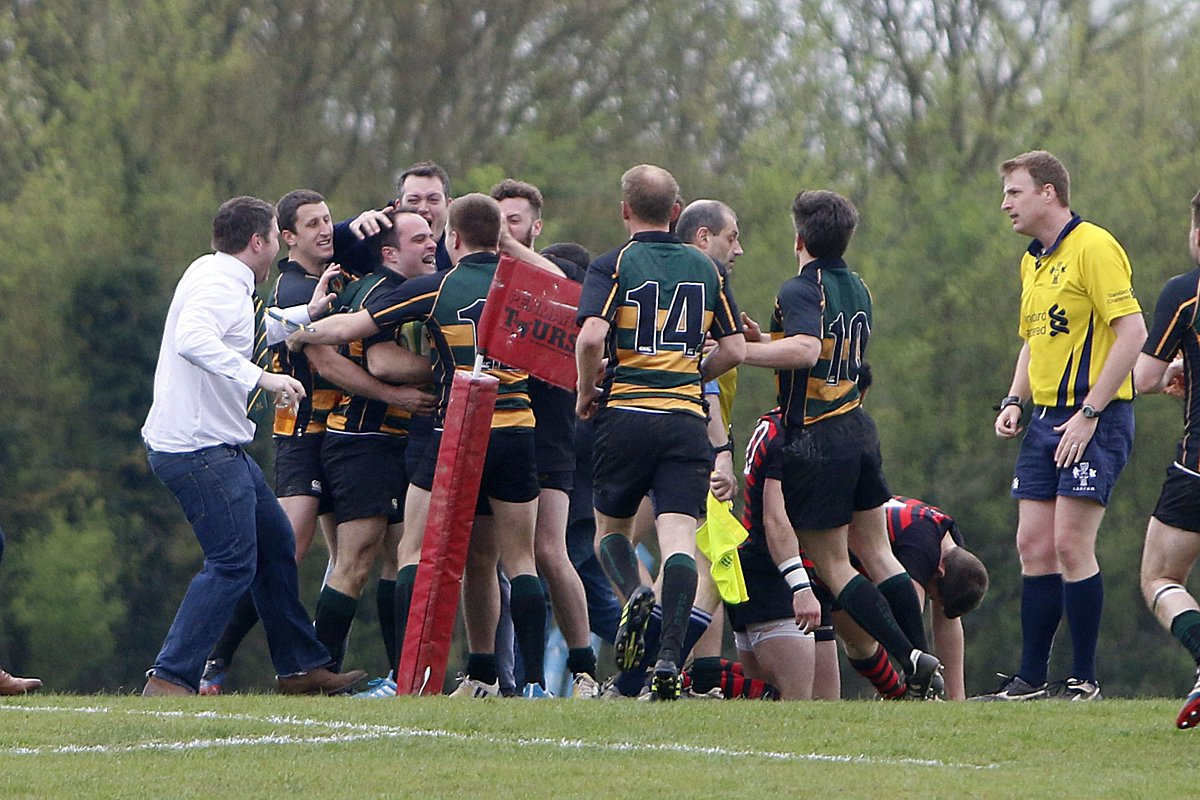 Twickenham fail to clinch league title in thriller at Parkfields