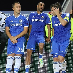John Terry, left, has agreed a new Chelsea contract, but the