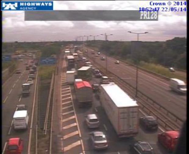 M4: The vehicle has been removed but traffic remains