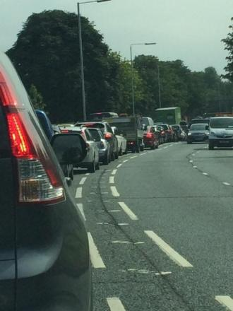 Traffic: Gridlock on A316 approaching Richmond Circus