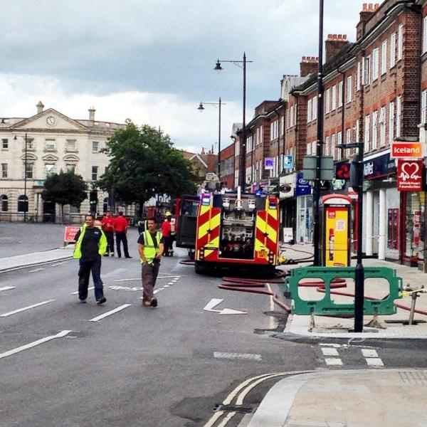 "UPDATE: Roads have re-opened after drilling builder ""causes gas leak"" and gridlock in Twickenham"