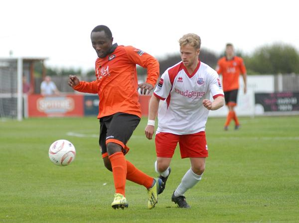 Walton Casuals: Debut boy Gutteridge strikes to earn Stags FA Cup replay