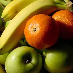 A study revealed that eating fruit every day can reduce the risk of heart and artery disease