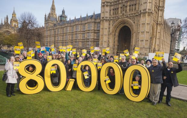 Pro-Heathrow expansion campaigners celebrated clocking up 80,000 supporters outside Parliament on Tuesday