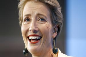 Emma Thompson serenades Prince Charles at Oscars event