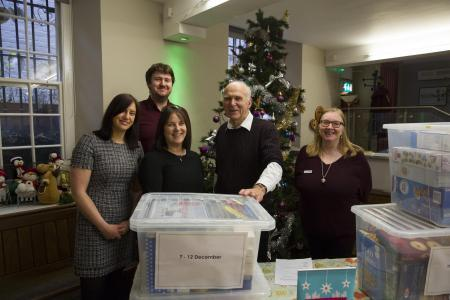 Sir Vince Cable helps deliver food to Richmond Food Bank