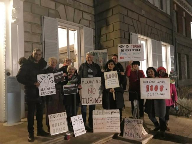 Hospital Bridge Road Resident Action Group at Richmond Council\'s offices